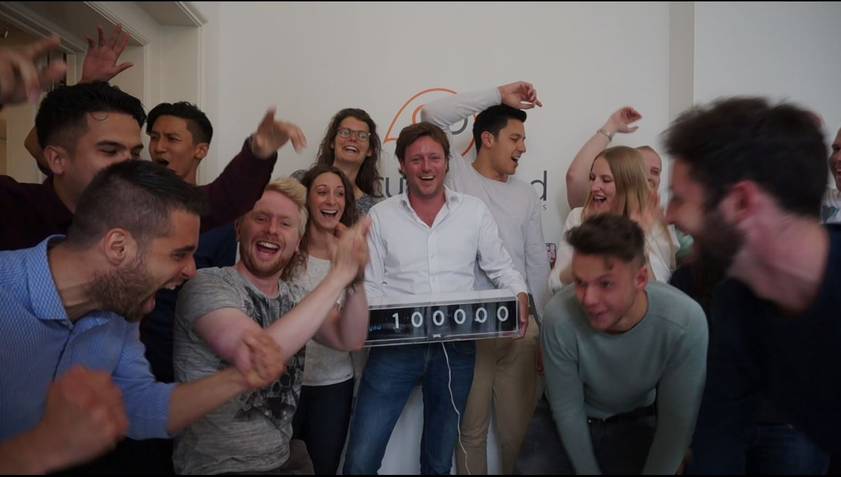 GoCustomized, a Dutch start-up company, reached 100,000 customers.